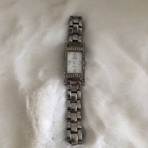 ‼️$25 TODAY ONLY‼️Vintage GUESS Watch